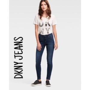 DKNY Skinny 💕Jeans 🔥